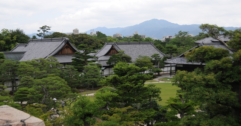 honmaru palace in nijo castle