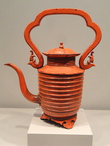 hot water pot in red lacquer