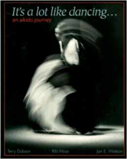 Cover image of ït's a lot like dancing