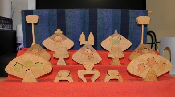 modern hina matsuri display