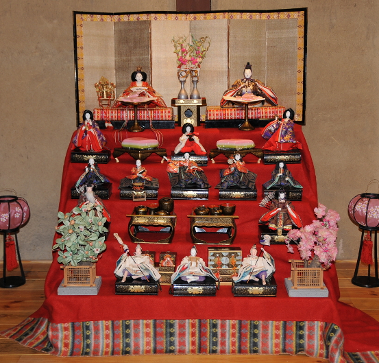 traditional hina matsuri display